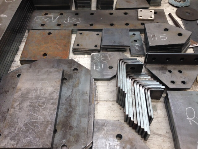 Fabrication de platines la d coupe plasma hd caldor - Tole acier 1mm ...