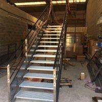 escalier acier caldor aix en provence